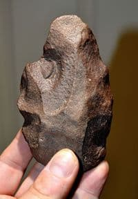 A rare and extremely Early Paleolithic (Homo Erectus) Handaxe from Algeria, North Africa