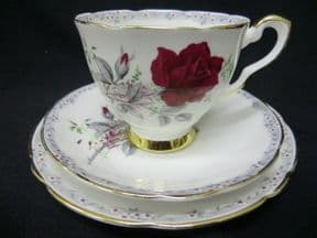 Royal Stafford  'Roses to remember' tea trio