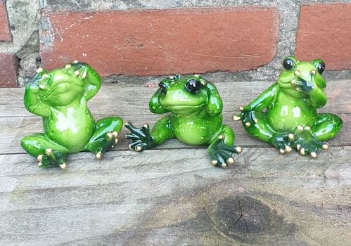 3 decorative Hear/Speak/See No Evil frogs