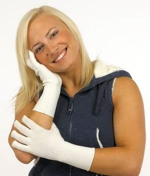 Seamless Gloves - Skinnies Viscose Adult