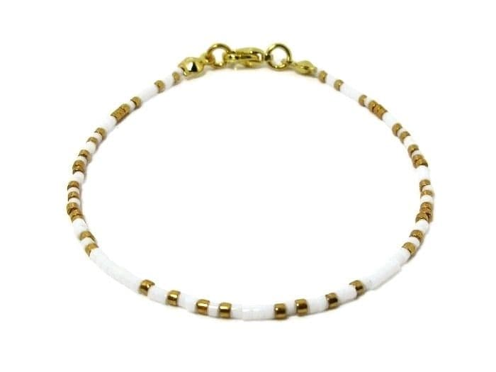 Glossy White & Gold Seed Bead Friendship Anklet