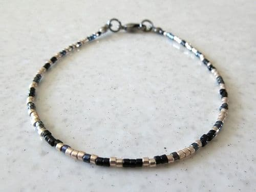 Slim Black & Champagne Gold Seed Bead Fashion Anklet